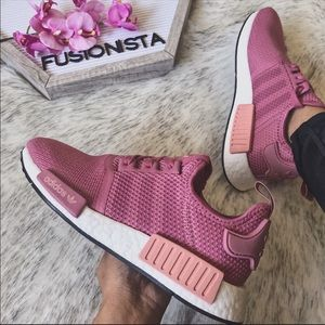 adidas Shoes - NWT ❤️ Rare Adidas NMD R1 Dusty Rose 🌹